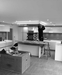 Light fitting install