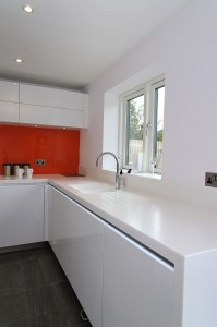 orange_white_kitchen4