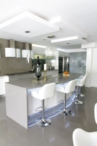 white_grey_kitchen3