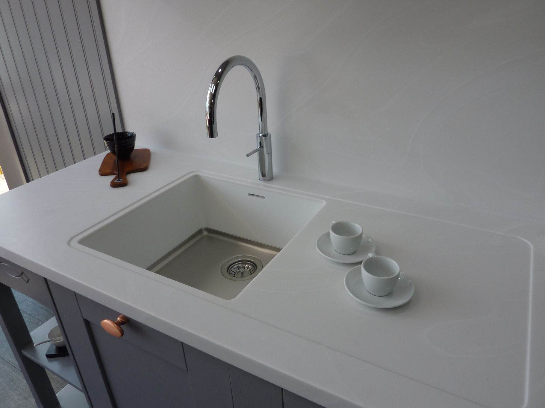 Corian Sink, Worktop And Seamless Splashback