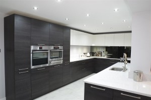 Silestone worktops & upstands - Colour: Blanco Stellar