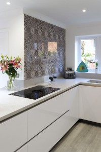 Marrakesh influenced splashback with BORA Pure hob