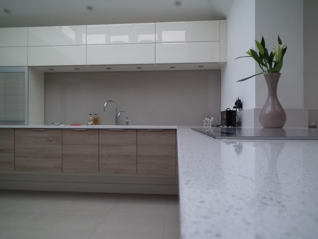 'Floating' Kitchen Area