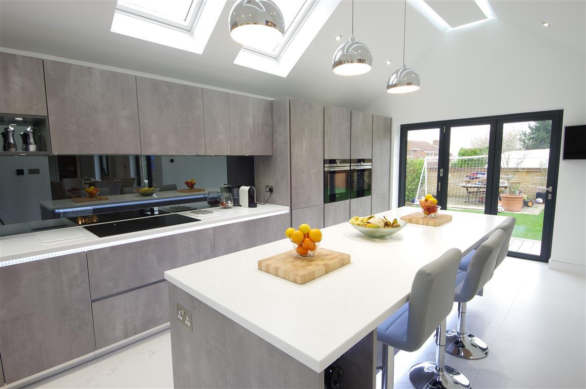 Contemporary Pearl Grey Kitchen Design